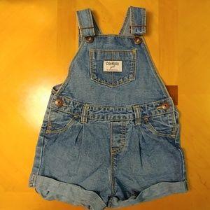 Oshkosh Infant girl overall shorts